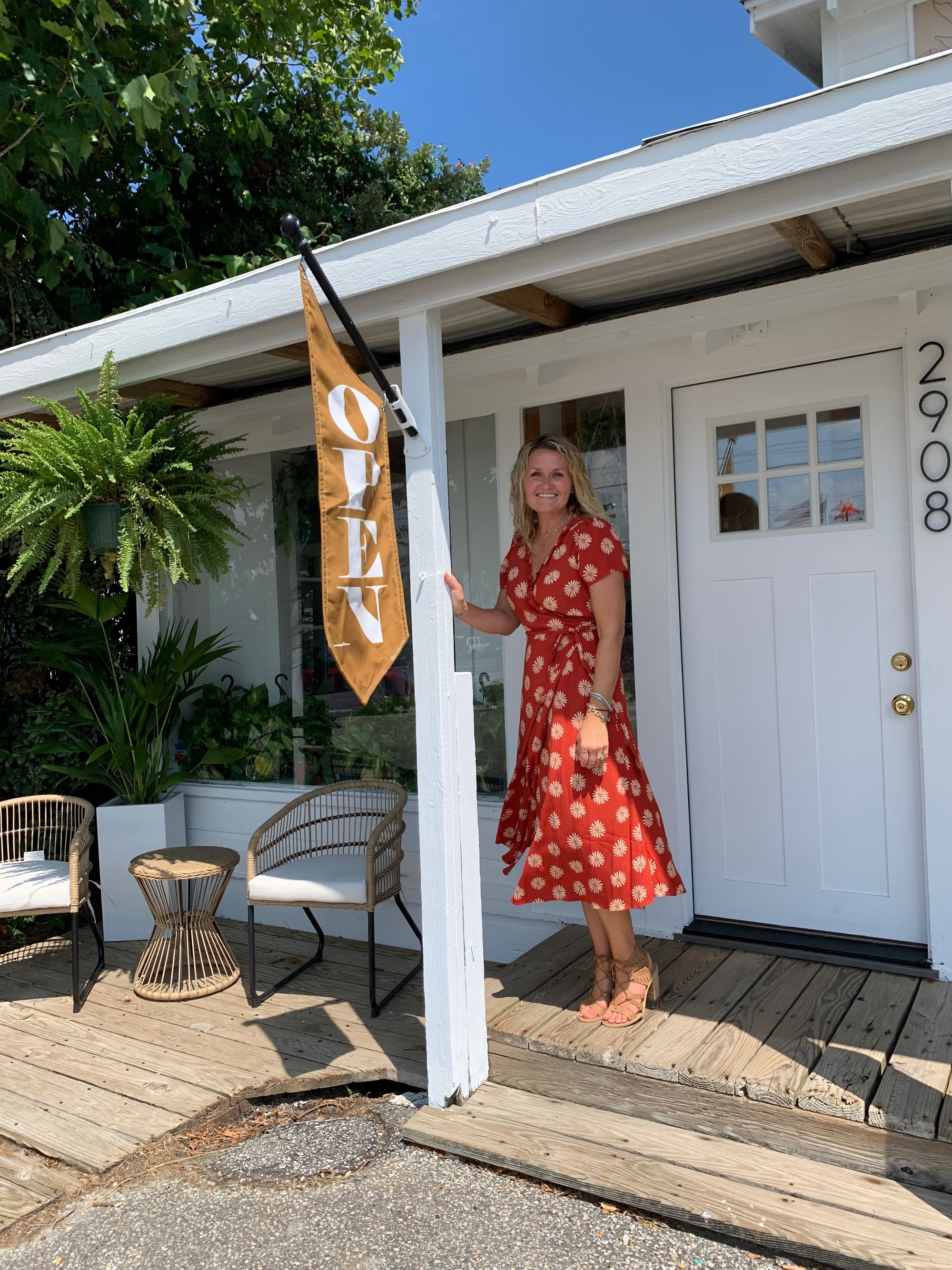 From Coachella flower installations to a beach bungalow flower shop - Innerbloom