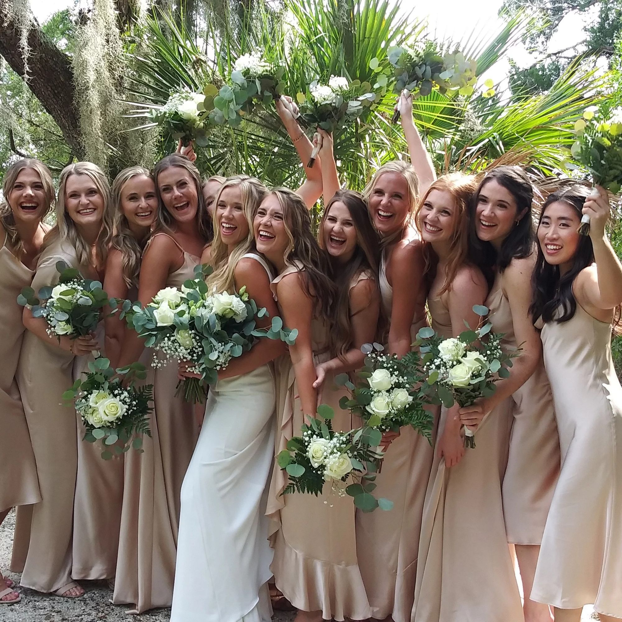 Flowers without the custom costs - Seawalk Custom Florals