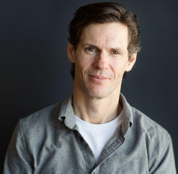 The fractional CMO, strategic advisor and business coach - Mark Evans