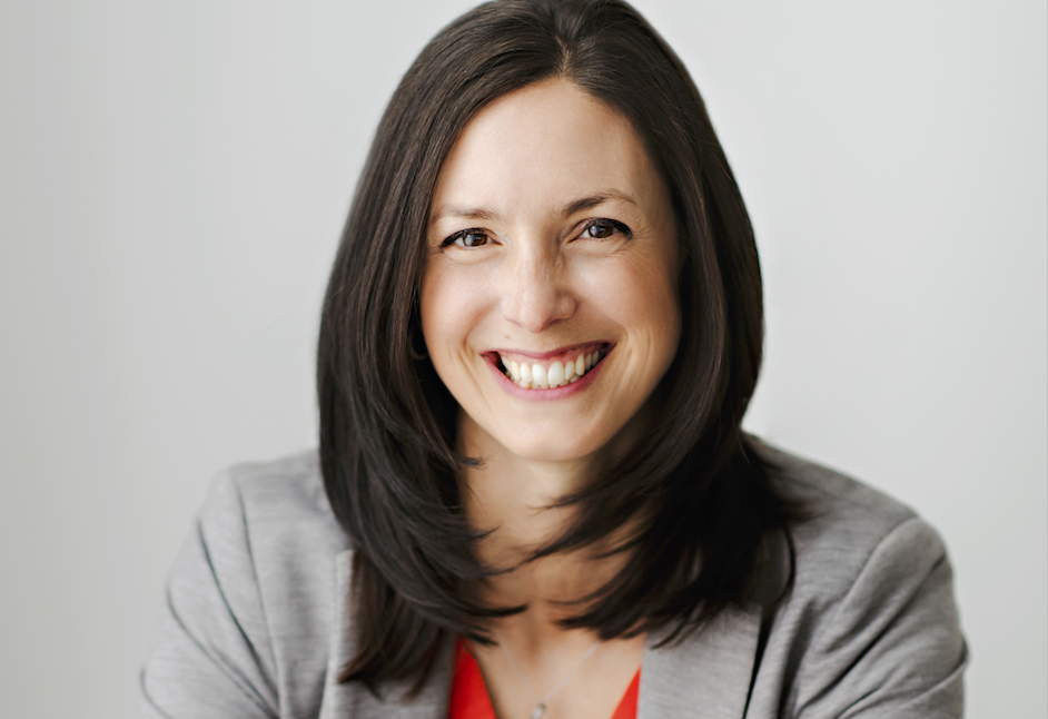 The wellness and life coach helping busy moms - Amy Ballantyne